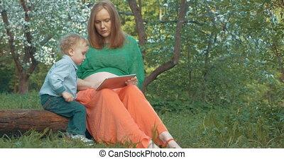 extérieur, tablette, pregnant, fils, pc, mère