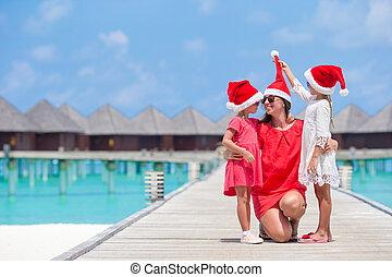 famille, chapeaux, vacances, exotique, santa, pendant, noël, heureux