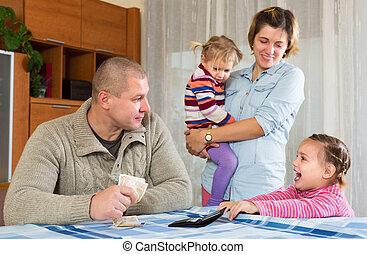 famille, heureux, billets banque
