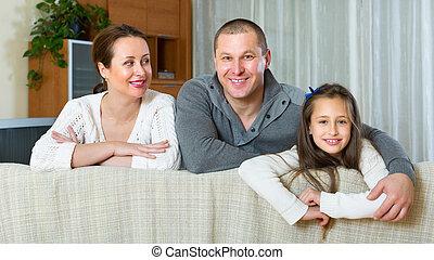 famille, intérieur domestique, sourire