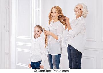 famille, positif, autre, membres, chaque, coiffures, confection, aimer