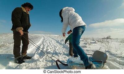 famille, sledding