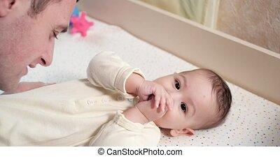 fatherhood., jouer, lent, concept, maternité, bébé, paternité, soucier, morning., bébé, mouvement, enfance, père