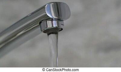 faucet., 4k, résolution, eau, verser, chrome-plaqué, couler