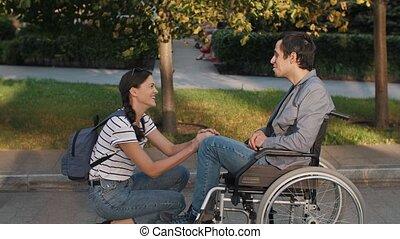 fauteuil roulant, soutenir, femme, homme