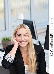femme affaires, motivé, jeune, heureux