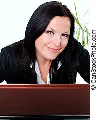femme affaires, ordinateur portable, brunette, sourire, bureau