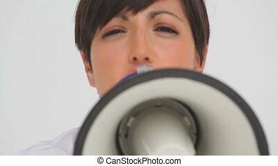 femme affaires, par, parler, porte voix