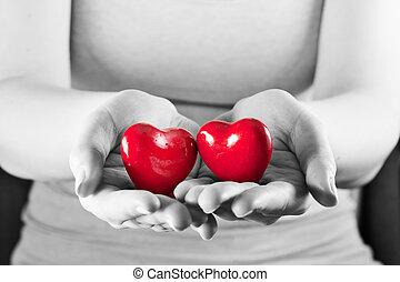 femme, amour, deux, protection., soin, cœurs, santé, hands.