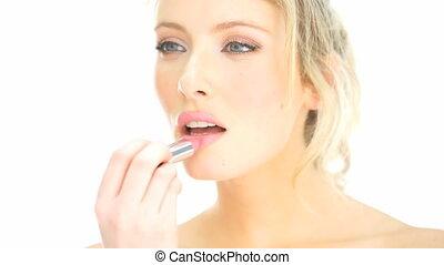 femme, application rouge lèvres, elle, maquillage, blond
