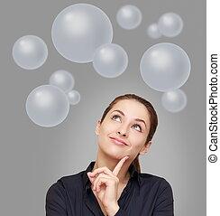 femme, au-dessus, business, pensée, beaucoup, haut, gris, regarder, fond, bulles