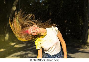 femme, autour de, elle, vibrant, jeune, cheveux, couleurs, exploser, agréable, vent