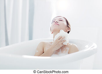 femme, baignoire, prendre, bain, jeune