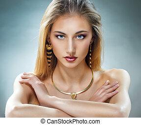 femme, bijouterie