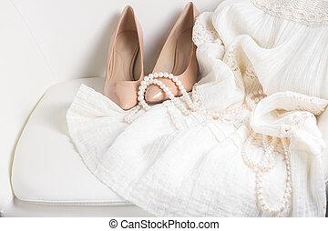 femme, blanc, accessoires