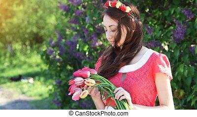 femme, bouquet, printemps, parc, jeune, tulipes