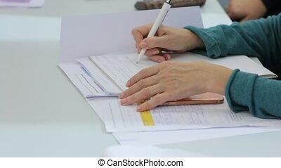 femme, cahier, écriture