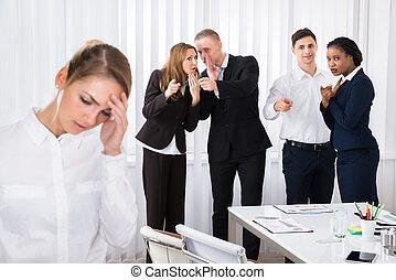 femme, collègue, bureau, accentué
