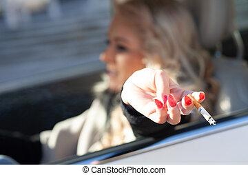 femme, conduite, elle, voiture, jeune, quoique, fumer