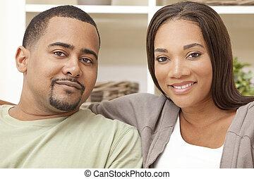 femme, couple, heureux, américain, homme, africaine