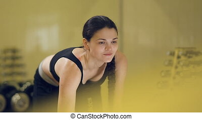 femme, dumbbells, exercices