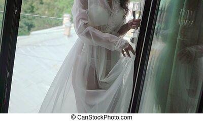 femme, elle, jeune, onduler, fenêtre, lingerie, poser, bodouir, blanc, fort, robe