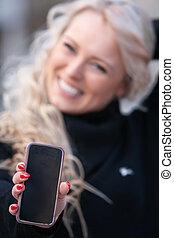 femme, elle, mobile, rire, avoir hors, heureux