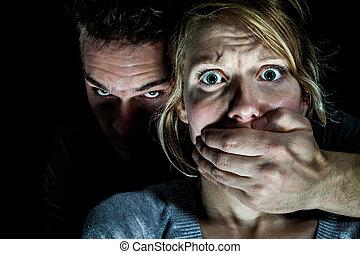 femme, elle, victime, mettre, silence, petit ami