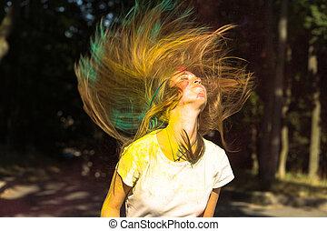 femme, festival, voler, jeune, cheveux, célébrer, holi, frais