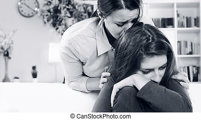 femme, fille, demander, pardonner