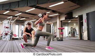 femme, gymnase, barre disques, muscles, fléchir, homme