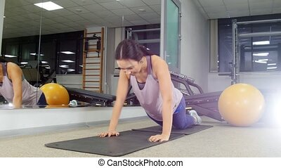 femme, gymnase, jeune, poussée, training., augmente