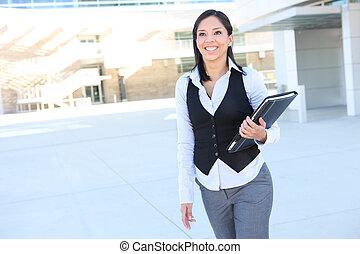 femme hispanique, business