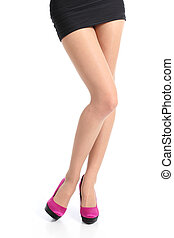 femme, jambes, poser, haute vue, debout, fuchsia, talons, devant