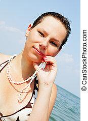 femme, jeune, mer