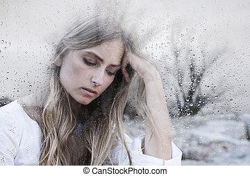 femme, jeune, triste