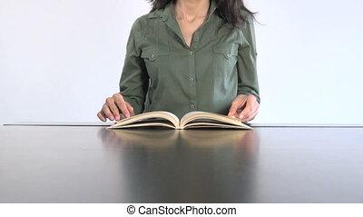 femme, livre, 30, lecture, chemise, vert