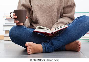 femme, livre, lecture