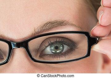 femme, lunettes, observé, vert
