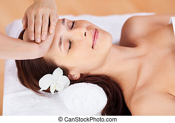 femme, massage facial