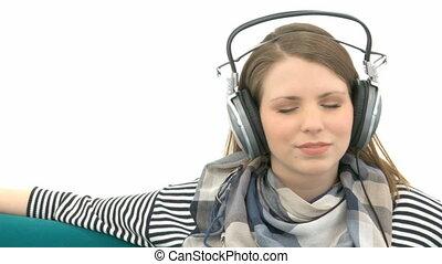 femme, musique, joli, écoute