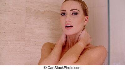 femme nue, cou, elle, douche, derrière, mains
