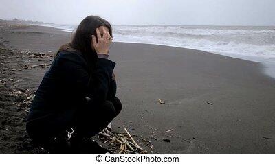 femme, plage, désespéré, triste