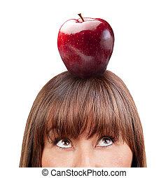 femme, pomme, haut, isolé, regarder, brunette