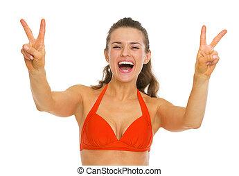 femme, projection, jeune, maillot de bain, victoire, geste, heureux