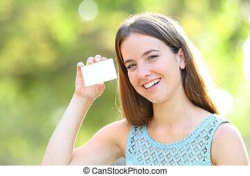 femme, projection, parc, crédit, vide, carte, heureux