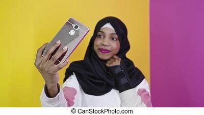 femme, sourire, africaine, selfie, téléphone, prendre, intelligent, portrait, musulman