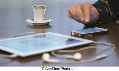 femme, tablette, projet, numérique, utilisation, travaux
