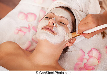 femmes, masque, jeune, facial, obtenir