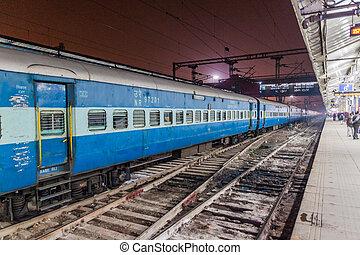 ferroviaire, 2017:, indi, delhi, inde, -, vieux, janvier, 24, train, delhi, station